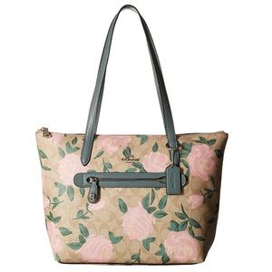 Coach NWT Camo Rose Taylor Leather Tote 🌹